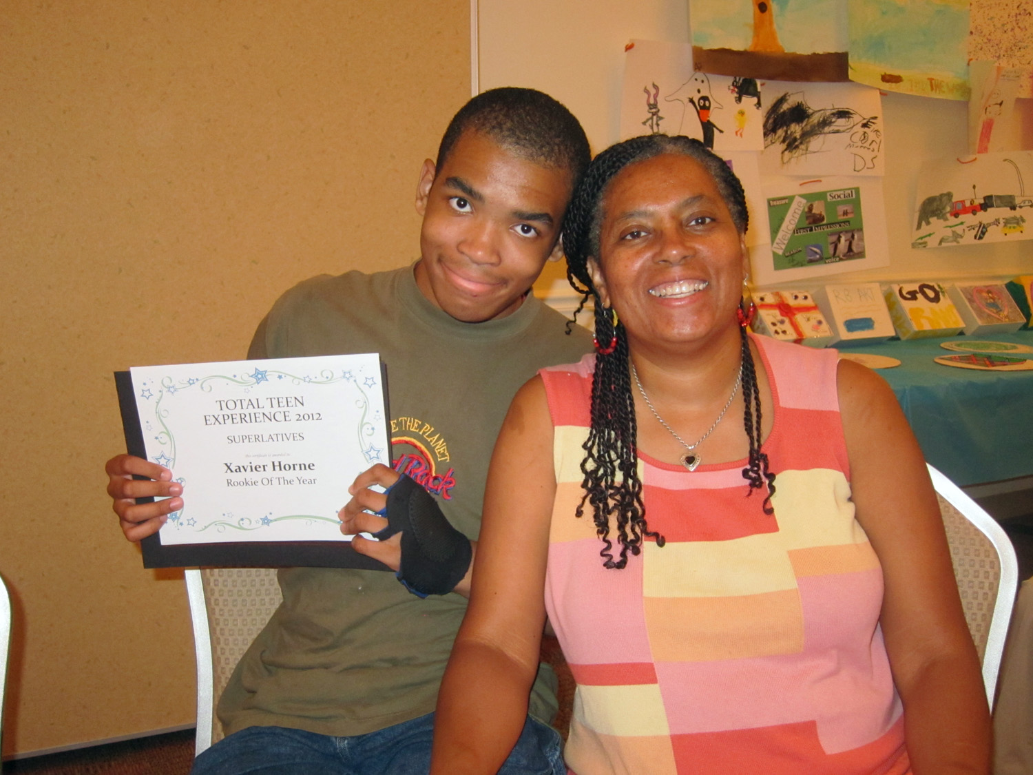 RJFS TTE grad xavier and mom
